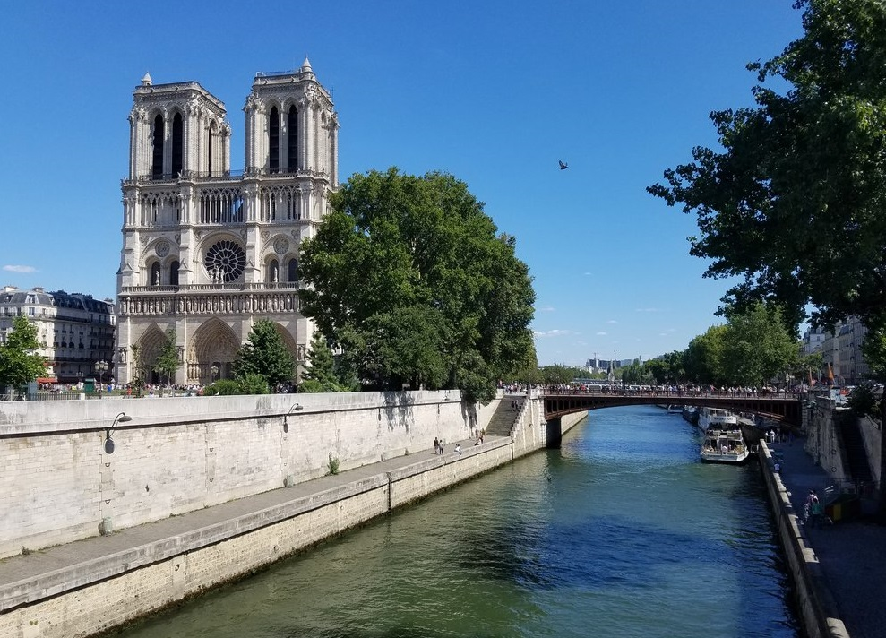 IPP37 Paris sights - Notre Dame on the Seine