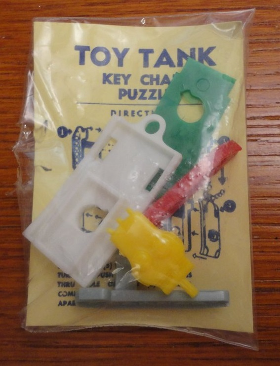 Keychain Tank in package